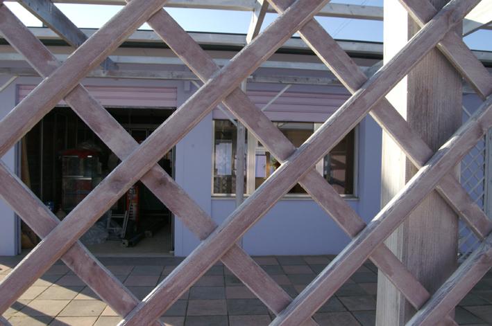 Dopo - particolare del pergolato (stabilimento balneare a Pinarella)