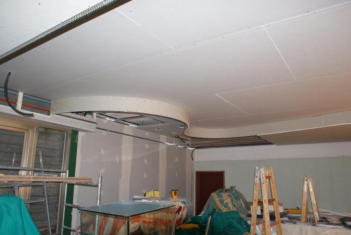 Lavori in corso - controsoffitto bar (stabilimento belneare a Pinarella)