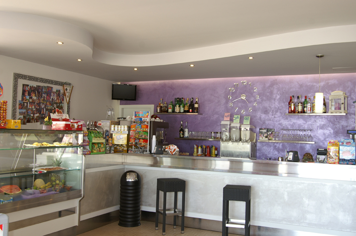 Dopo - bar (stabilimento belneare a Pinarella)