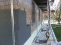 Durante i lavori. Polistirene ad alta densità alla base, con sopra graffite