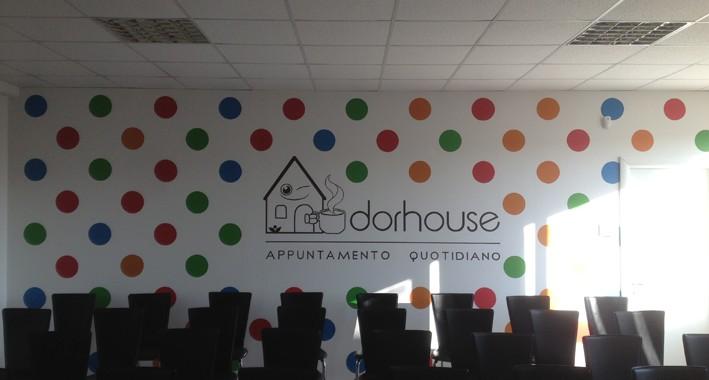 Decorazione a parete del marchio Dorhouse